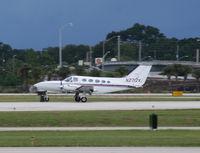 N2712V @ ORL - Cessna 414A