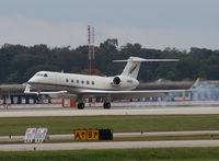 N38NZ @ ORL - Gulfstream V