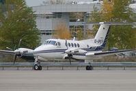 D-IPSY @ VIE - ACM Air Charter Beech 200 King Air - by Thomas Ramgraber-VAP