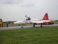 71-3055 @ EHVK - Dutch AF Openday, Volkel AFB , 2007  Turkish Stars - by Henk Geerlings