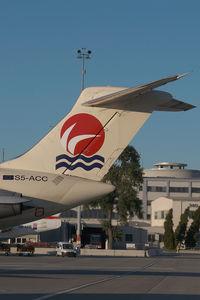 S5-ACC @ VIE - Air Kosova MD80