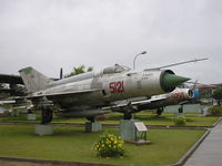 5121 - Hanoi Air Force Museum - by Henk Geerlings