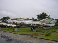 5121 - Hanoi , Air Force museum - by Henk Geerlings