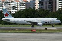 C-FPWE @ TJSJ - Lining-up at rnw 8. - by Félix Bahamonde - PR Planespotters