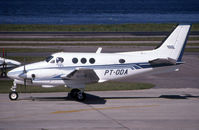 PT-ODA @ SBRJ - this king air is taxying
