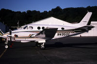 N4950C @ KBFI - /this is a bad shot of a parked king air