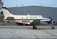 N990DA @ KDSM - A King Air