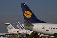 D-ABIA @ VIE - Lufthansa Boeing 737-500