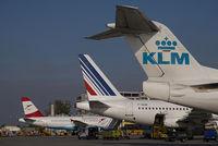 PH-MJL @ VIE - KLM Fokker 100