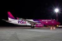 HA-LPL @ VIE - Wizzair Airbus 320 - by Yakfreak - VAP
