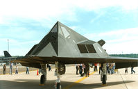 84-0828 @ NFW - Lockheed F-117A at Carswell AFB - this was the second public display of the Nighthawk.