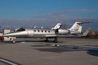 D-CSAP @ VIE - Learjet 31