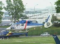 F-GFEC @ LFPI - coming in to land at Heliport de Paris