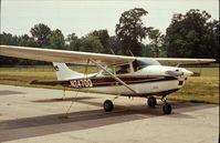 N2470Q @ UMP - Cessna 182K at Indianapolis Metropolitan Airport