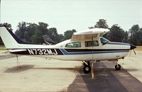 N732MJ @ UMP - Cessna T210M Centurion at Indianapolis Metropolitan Airport