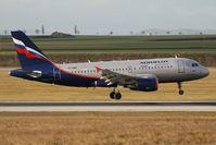 VP-BWG @ VIE - Airbus A319-111