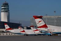 OE-LGC @ VIE - Austrian Arrows Dash 8-400