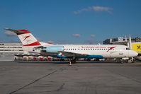 OE-LFP @ VIE - Austrian Arrows Fokker 70