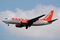 G-EZJW @ VIE - EasyJet Boeing 737-73V
