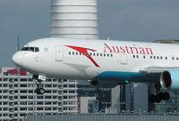 OE-LAW @ VIE - Austrian Airlines Boeing 767-3Z9(ER)