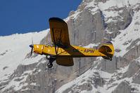 OE-APW @ LOWI - Piper Aircraft Corp. PA18-150
