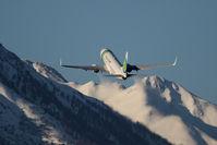 PH-HZG @ LOWI - Boeing 737-8K2