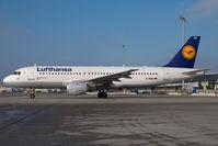 D-AIQD @ VIE - Lufthansa Airbus 320