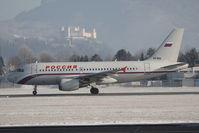 VP-BIQ @ SZG - Airbus A319-111