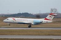 OE-LFJ @ VIE - Fokker 70