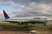 N171DN @ EGCC - Taken at Manchester Airport, October 2008 - by Steve Staunton