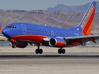 N475WN @ KLAS - Delta Airlines / 1996 Boeing 757-2Q8