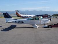 C-GYWI @ CYLW - Ramp in Kelowna BC - by Mike Honchoe