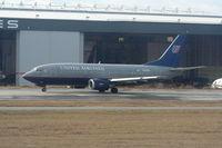 N328UA @ ATL - United 737-300