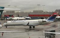 N707EV @ ATL - ASA CRJ-700