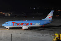 G-THOP @ SZG - Boeing 737-3U3