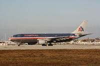 N14077 @ KMIA - Airbus A300B4-605R - by Mark Pasqualino