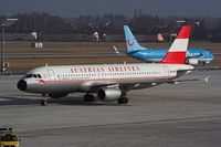 OE-LBP @ LOWS - AUSTRIAN AIRLINES RETRO - by Delta Kilo