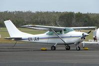VH-IAH @ YCUD - Cessna 182H at Caloundra