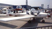 D-EIOF @ LFPB - Hoffmann H 40 first prototype at Aerosalon Paris 1989 - by Ingo Warnecke
