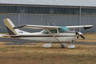 VH-PQQ @ YMMB - Cessna 182 at Moorabbin