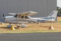 VH-KHE @ YMMB - Cessna 172R at Moorabbin