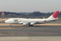 JA8912 @ RJAA - JAL B747 at Narita