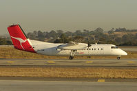 VH-TQM @ YMML - Qantaslink Dash8 at Melbourne