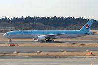 HL7534 @ RJAA - KAL B777 at Narita