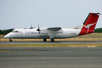 VH-TQZ @ YDPO - Qantaslink Dash8 at Devonport