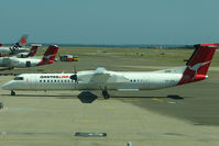 VH-QOA @ YSSY - Qantaslink Dash8 at Sydney