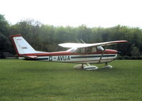 G-AVUA photo, click to enlarge