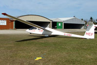 G-CHEF - Glider at Sutton Bank