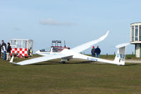G-CKFN - Glider at Sutton Bank