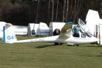 G-CJHZ - Glider at Sutton Bank